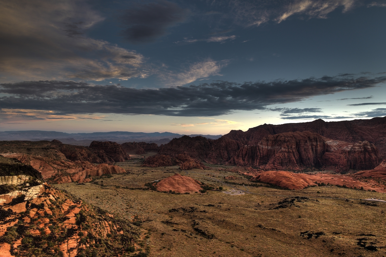 Snow_canyon_overlook_hdr